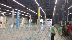 Jovenes campusero se congregan a las carreras de drones donde las semifinales se